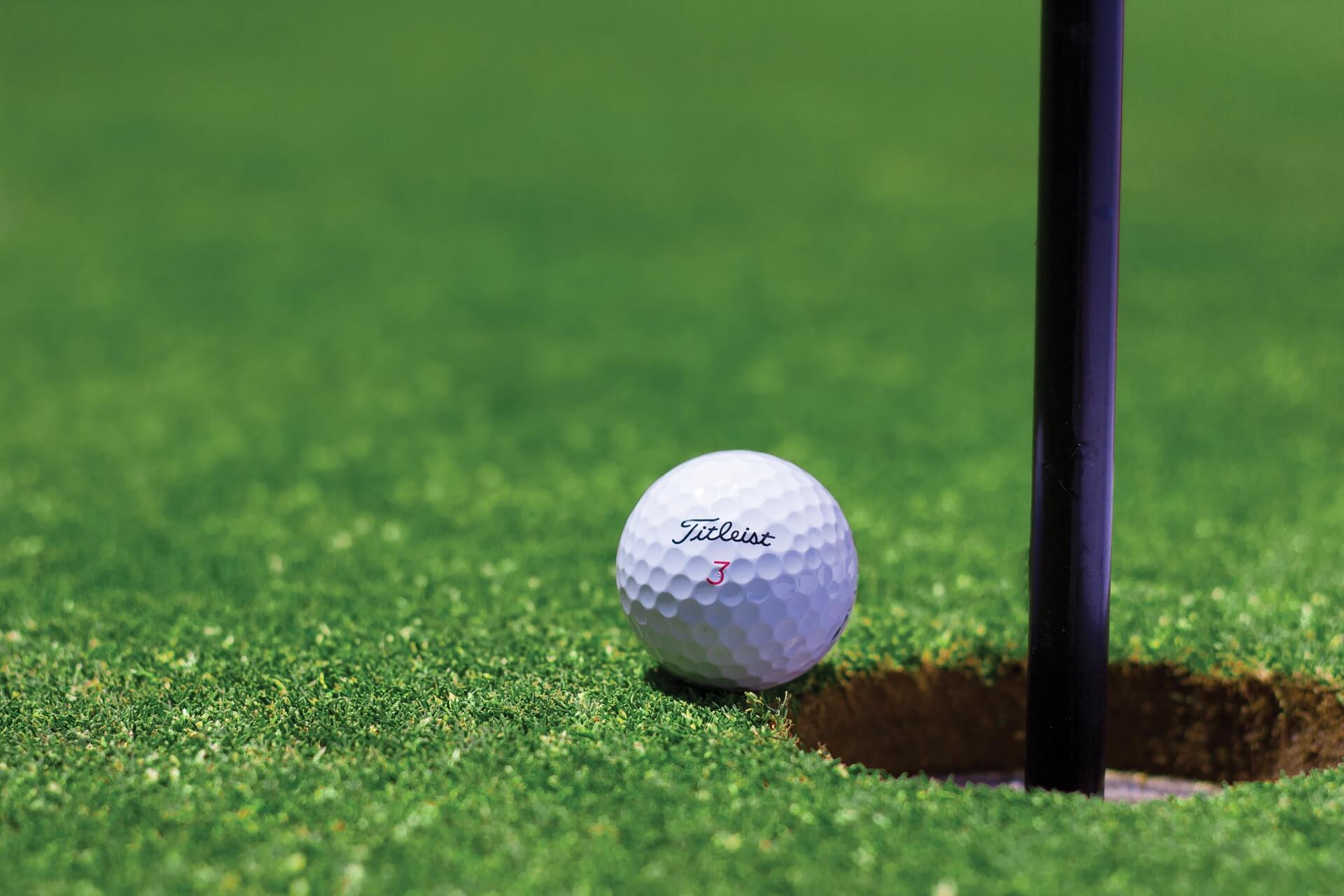 Golfen Charity